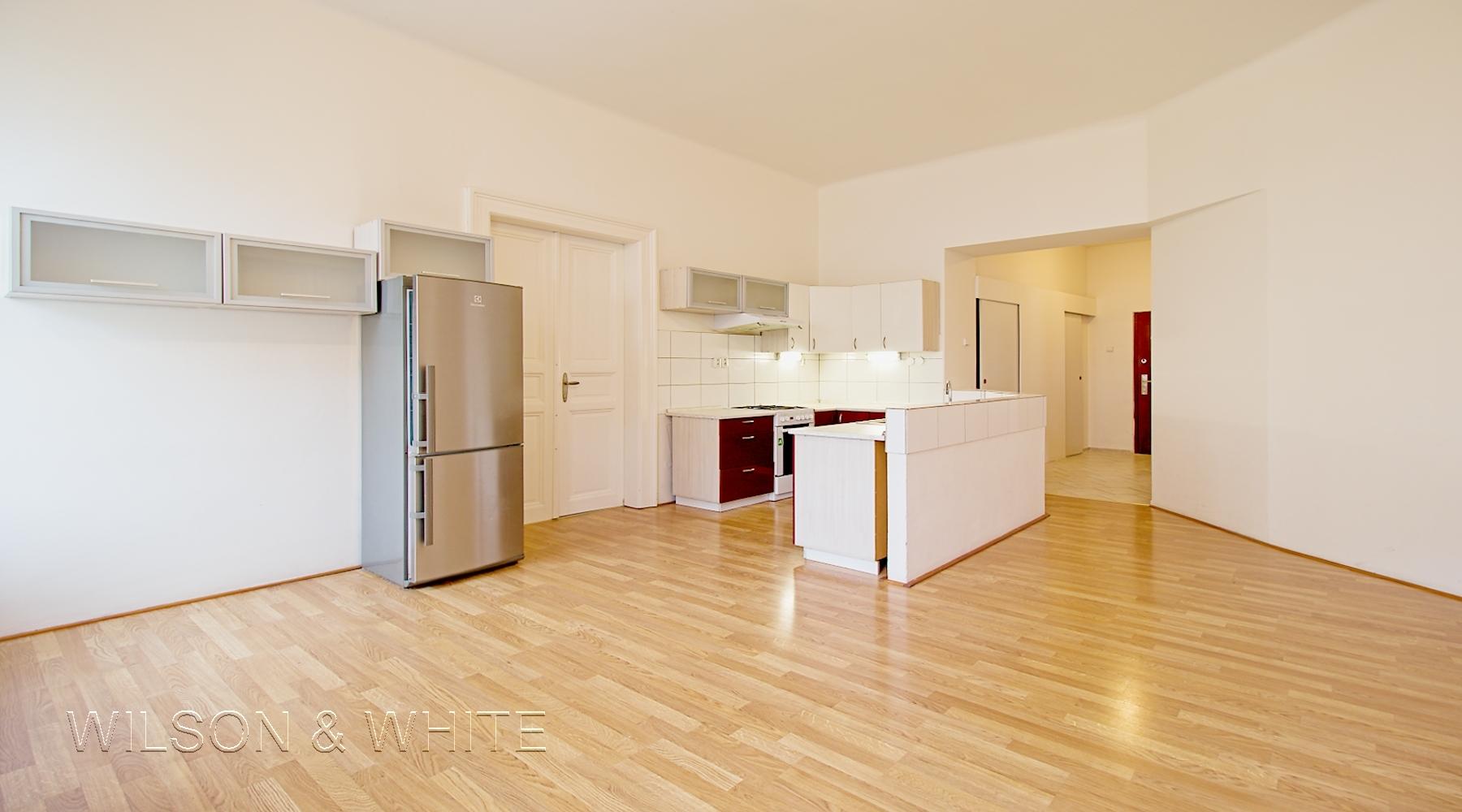 pokoj a kuchyn E